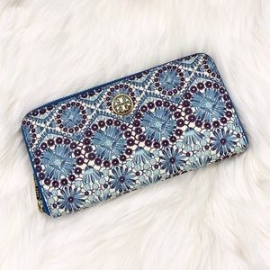 Tory Burch Robinson Patterned Continental Wallet